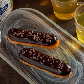 Our pleasure  אקלר שוקולד ופולי קקאו